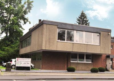 Uerdingerstr. 463 a, Eingang links am Gebäude